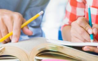 ksiazka-i-notatki-kursy-jezyka-angielskiego